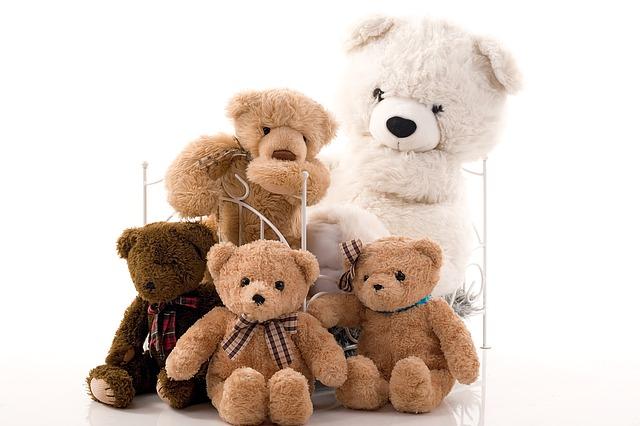 Medvídci s postýlkou