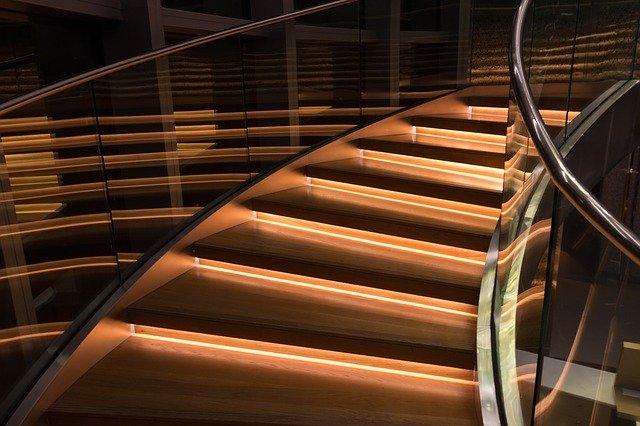 osvětlené schody